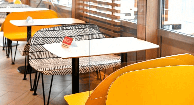 restaurants are missing for the shopping experience